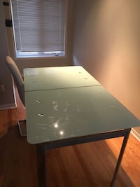Glass Dinning table with 4 chairs Brampton, L7A 2E7