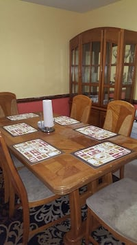 brown wooden dining table set Richmond, 23225