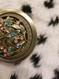 Nwt Antiqued metal rhinestone Compact mirror
