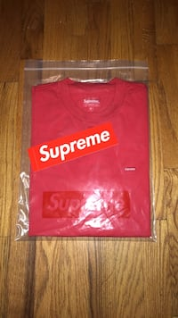 Supreme Red Small Box Tee