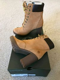 pair of brown leather combat boots Arlington, 22203