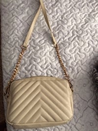 Light Beige Purse El Paso, 79935