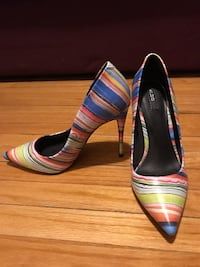 pair of multicolored leather flats TORONTO