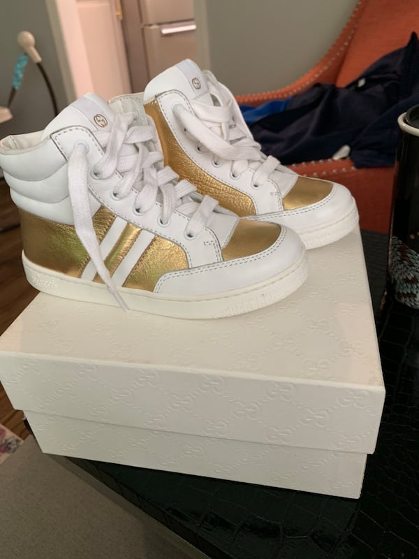 Gucci Children's Hightop Sneaker Hold and white Brand new 553ca27a-57ca-4fe6-91dd-bf4a0f783b72