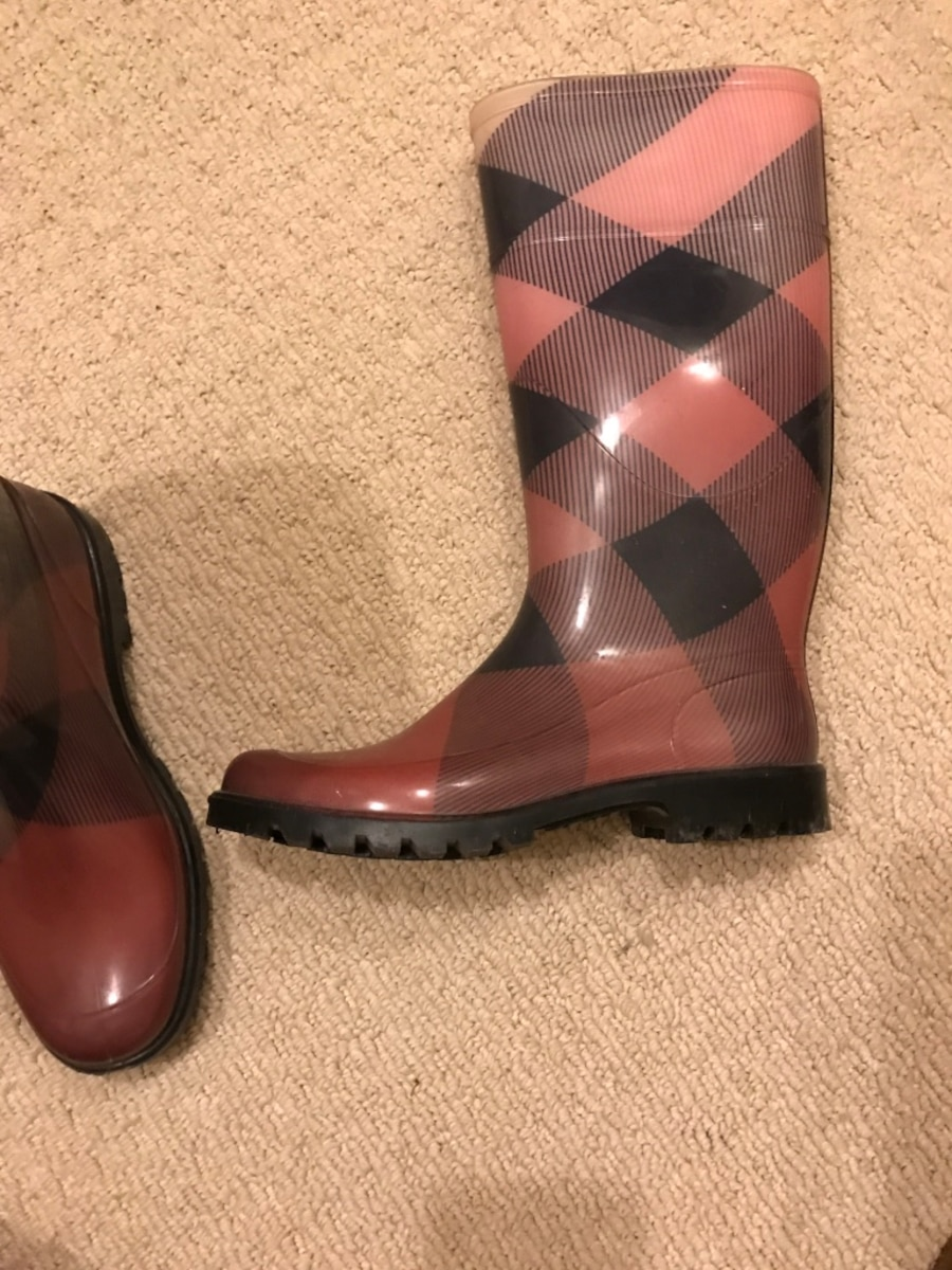 Burberry rain boots, shades of pink size 38 - Melrose