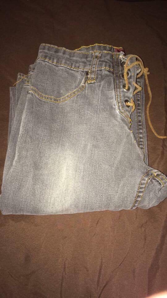 Woman's size 7 jeans