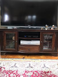 brown wooden tv stand 27 mi