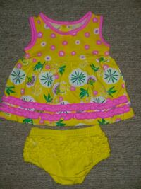 Baby girl dress and bloomer set, 0-3 months Wilmington