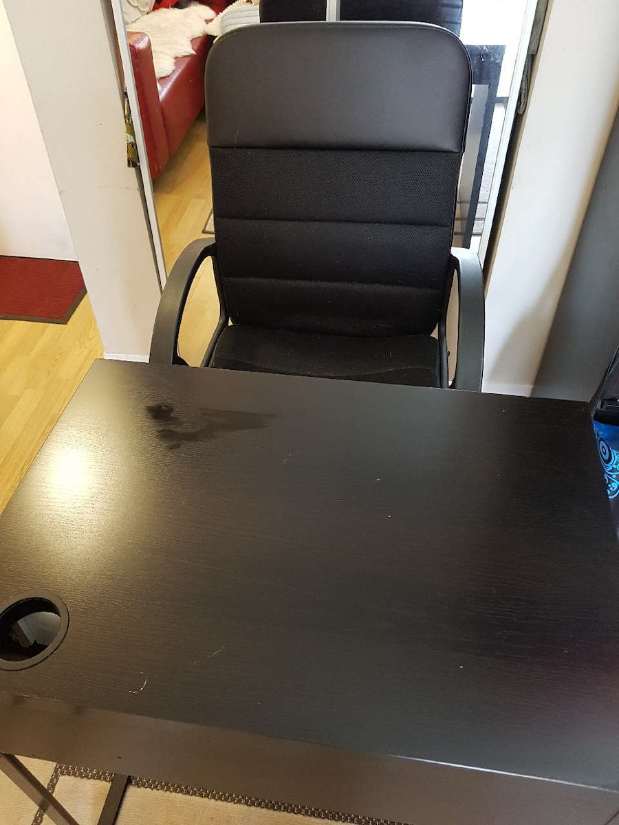 office desk and chair - Canada