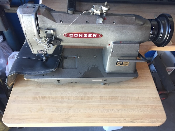 Used Consew Sewing Machine And Table Heavy Duty Excellent