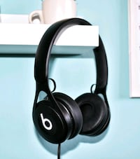 Beats EP by Dr. Dre. (negros)  Madrid, 28039