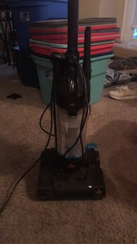 Bissel vacuum, works great. Bellevue, 68123