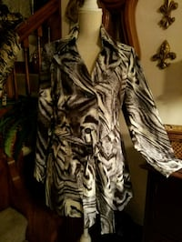 New Without Tags! Susan Graver Coat Size Small Omaha, 68105