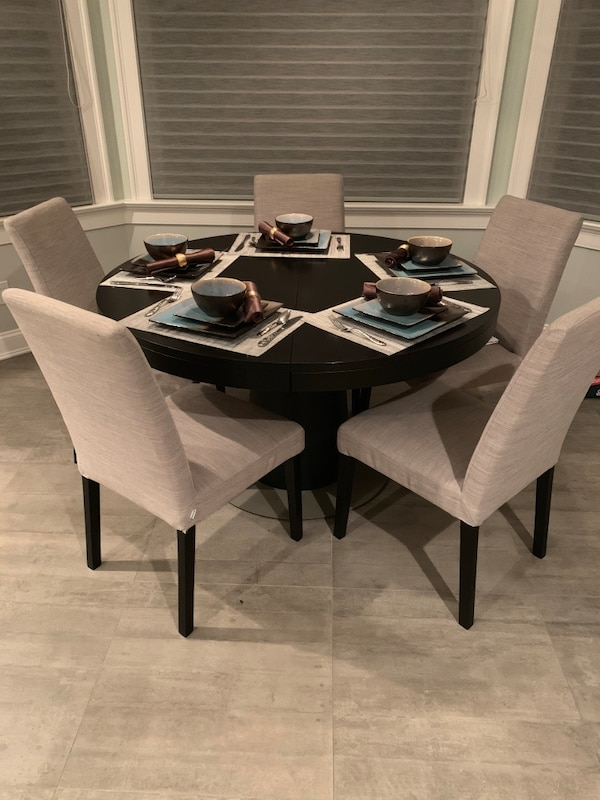 Boconcept Dining Table Reduced Price