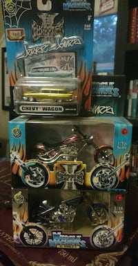 chevy wagon, chopper motorcycles, and muscle machines scale models with box Lancaster, 01523
