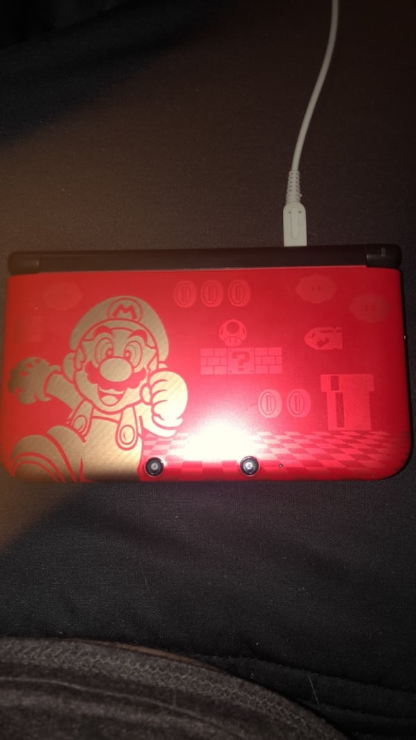 Used Modded Limited Edition Nintendo 3ds Xl New Super Mario Bros 2