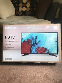 """hd 32""""inch smart t.v *brand new never used*"""