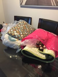 Crib set comes with everything including mobile and window covering  Georgetown, L7G 4L5