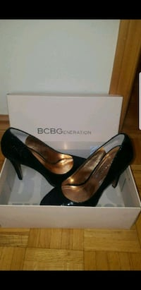 BCBG shoes Toronto, M6L 1Z1