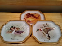 Set of 3 Small Vintage Metal Snack Trays West Springfield