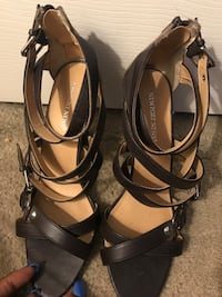 Newport News  Wrap Sandals sz 11 Woodbridge, 22193