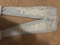 american eagle ripped jeans Cambridge, N3H 3T9