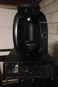 Tassimo machine and tray  Vaughan, L4L 0G7