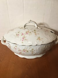 Antique vintage Carlsbad tureen Guelph, N1H 2M1