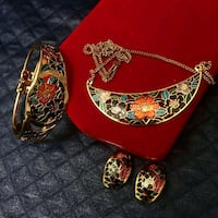 Antique and vintage jewelry Columbia