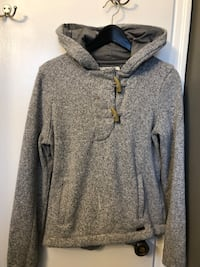 Roots 3/4 pullover with horn button 3150 km