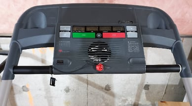 Protech 2.25 HP treadmill **EXCELLENT CONDITION**