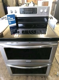 Frigidaire Gallery black and stainless steel 5 bur Cleveland, 44109