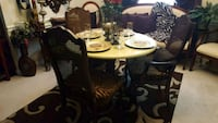 brown dinnette set with 3 zebra coveted chairs Bonaire, 31005