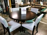 Round dining table and chairs  Pineville, 28134