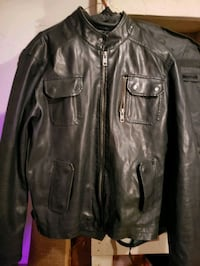 Men's dark brown leather jacket in great shape  Edmonton, T5X 3X9