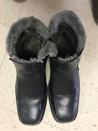 Mblack leather furlined boots