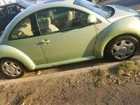 Volkswagen - The Beetle - 2000 Los Angeles, 91331