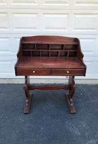 Solid wood desk Manassas