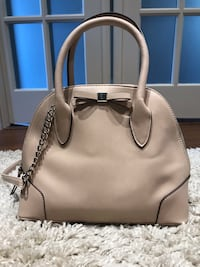Nine West purse Bradford West Gwillimbury, L3Z 3E9