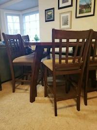 Dining table Frederick, 21701
