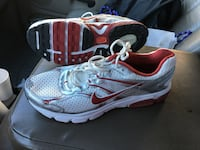 Pair of white and red sneakers size 12 Tuscaloosa, 35401