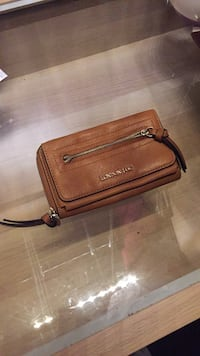 London Fog Beige Wallet 1962 km