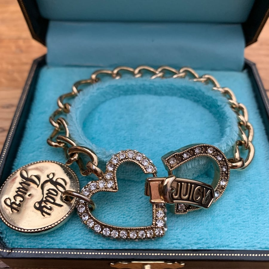 Juicy Couture Love, Luck & Couture bracelet