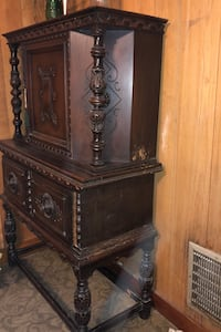 Dining room cabinet New Rochelle, 10805