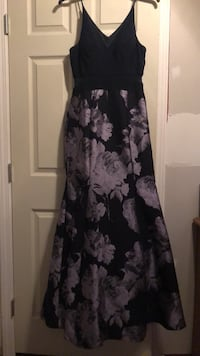 Dress: size 12. bought for $280. worn once  Metairie, 70003