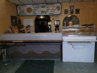 Well established pizza restaurant for sale  Saint George, N0E 1N0