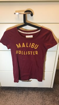 Hollister top Calgary, T3H 0T4