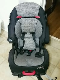 Child's adjustable car seat