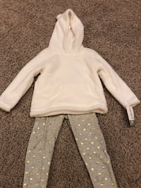 24 month girls Carters 2piece (new with tags) Franklin, 53132