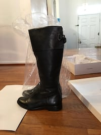 pair of black leather boots Fairfax, 22033